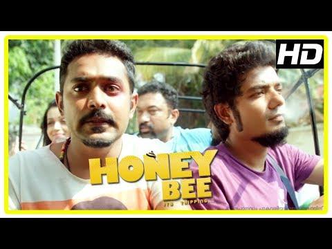 Honey Bee Latest Malayalam Movie Scenes   Bhavana's Brothers Chase Asif Ali   Baburaj Attacked