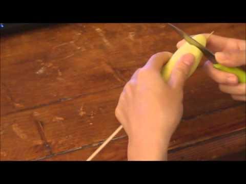 Cách cắt khoai tây hình vòng xoắn