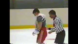 Barry Beck vs Dave Brown, Round 1 Oct 1, 1985