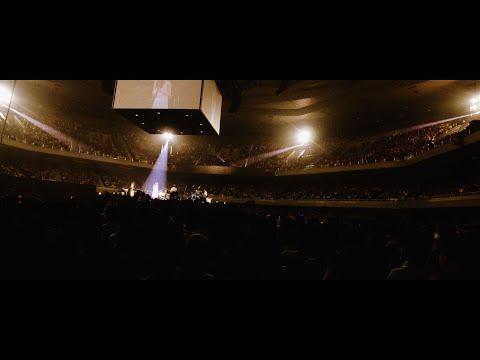 "Aimer「カタオモイ」LIVE(Aimer Live in 武道館 ""blanc et noir"" )"
