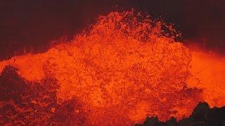 Masaya: volcano erupts a lava lake in Nicaragua