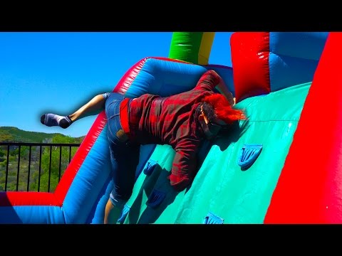 Thumbnail: DRUNK BOUNCY HOUSE CHALLENGE