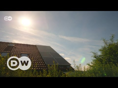 Saving solar energy for a rainy day | DW English