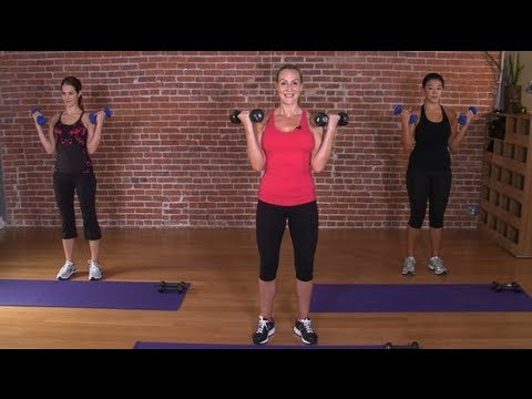 Train Like a Victoria\'s Secret Model With This 10-Minute Sculpted Arm Workout