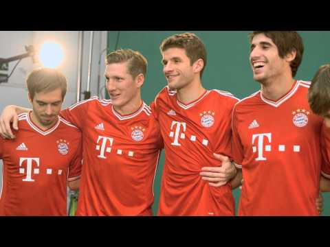 New FC Bayern home shirt - MAKING OF