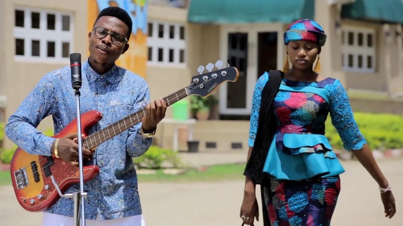 Download Labari Na Zuchiya Kece! Original Hausa Song Video 2020# Momee Gombe ft Abdul M Shareef