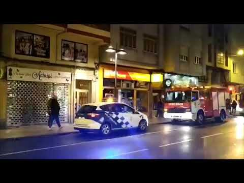 Un fuego en la Avenida da Coruña moviliza a los bomberos de Lugo