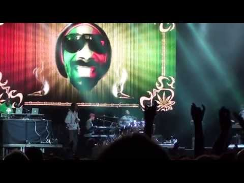 Snoop Dogg live in Italy Milan 2014 pt3
