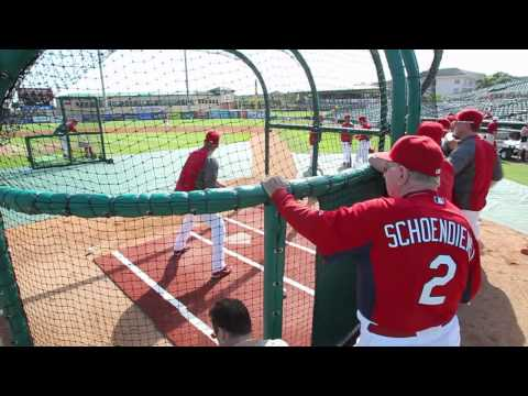 89-year-old MLB Hall of Famer Red Schoendienst in 67th year of Spring training