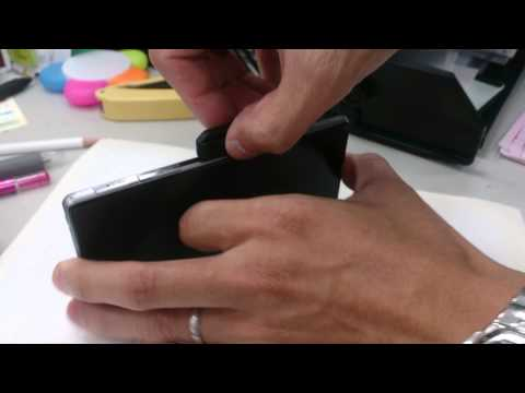 Deff SONY Xperia Z系列 Micro USB線轉磁性充電轉接頭磁力示範