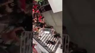 Ultras Hapoel מכות עם מאבטחים בדרייב אין