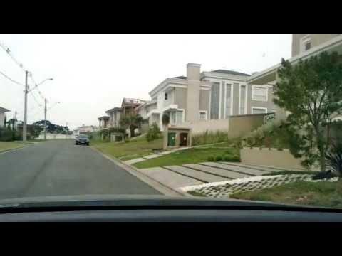 Bairro classe média Brasil - Middle Class Neighbourhood in Brazil - Alphaville