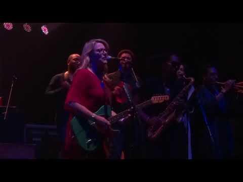 Show Me - Tedeschi Trucks Band September 27, 2019