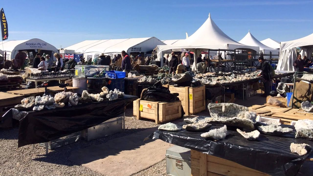 Tucson Gem & Mineral Show 2014