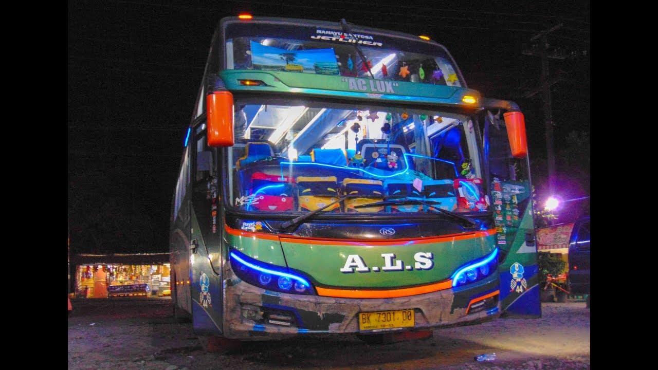 LINTAS JALUR SEMPIT!!!! BARENG BUS ALS 44