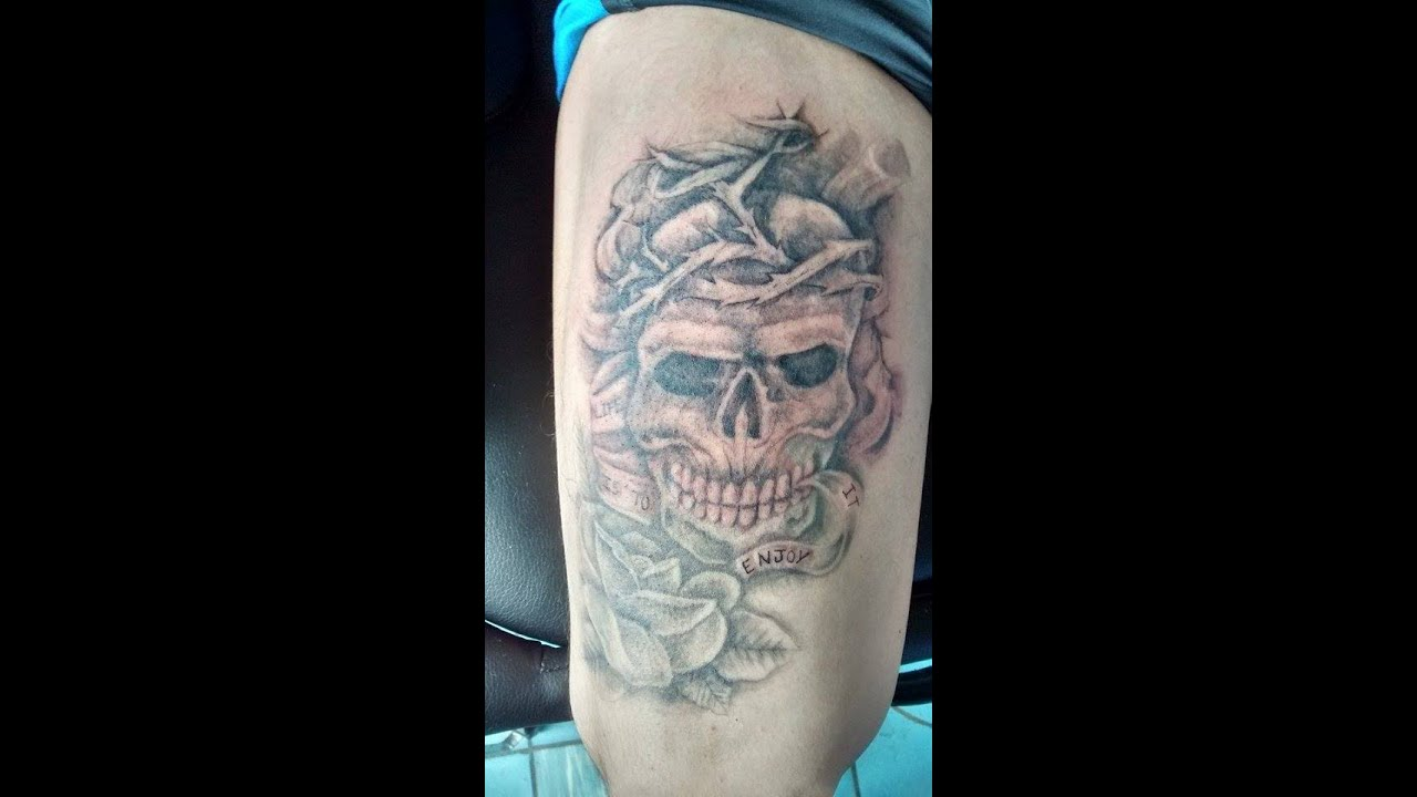 Tatuaje De Calavera Rosas Skull And Roses Tattoo Nosfe Ink