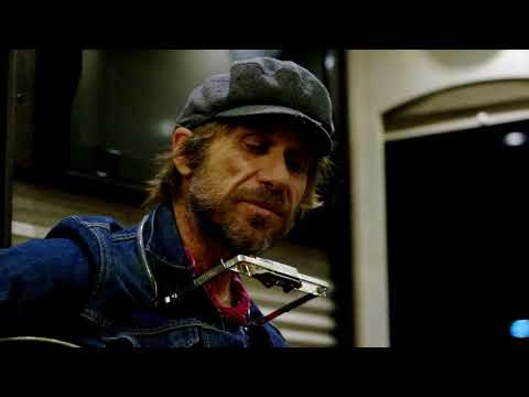 Todd Snider: Songs from the Road - To Beat The Devil (Kris Kristofferson)