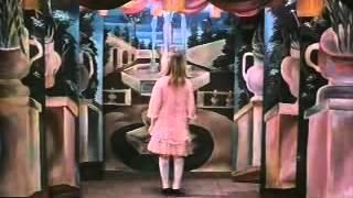 Něco z Alenky (1988) - ukázka