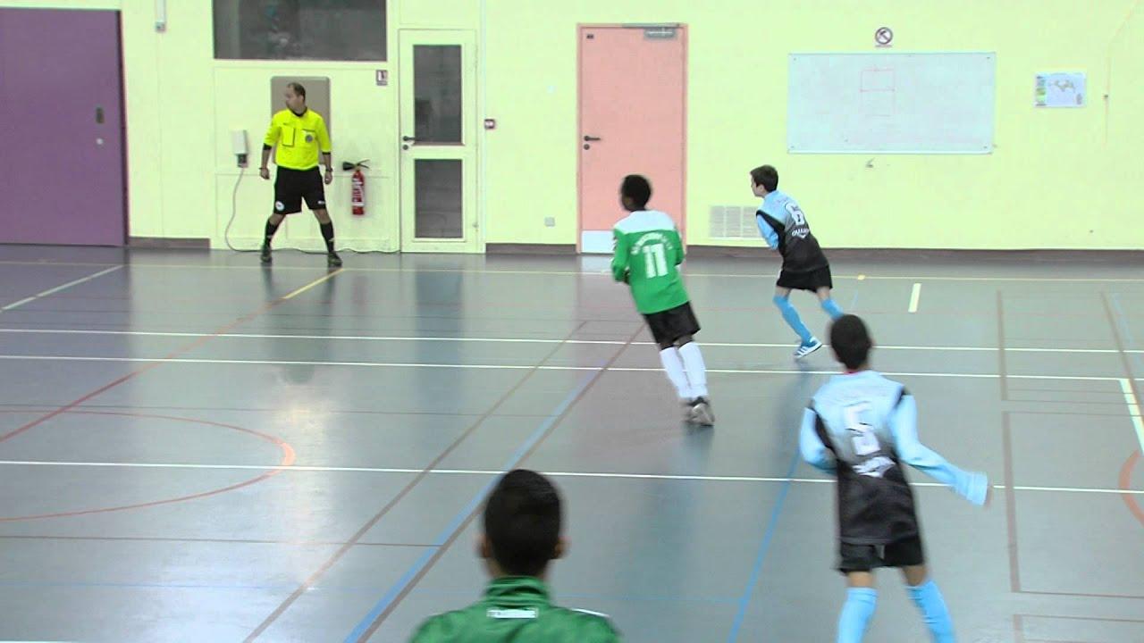 Sport : une compétition de futsal à Elancourt