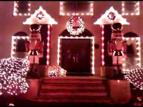 Christmas Holiday Lights At The Iantosca House, Manalapan, NJ 2009