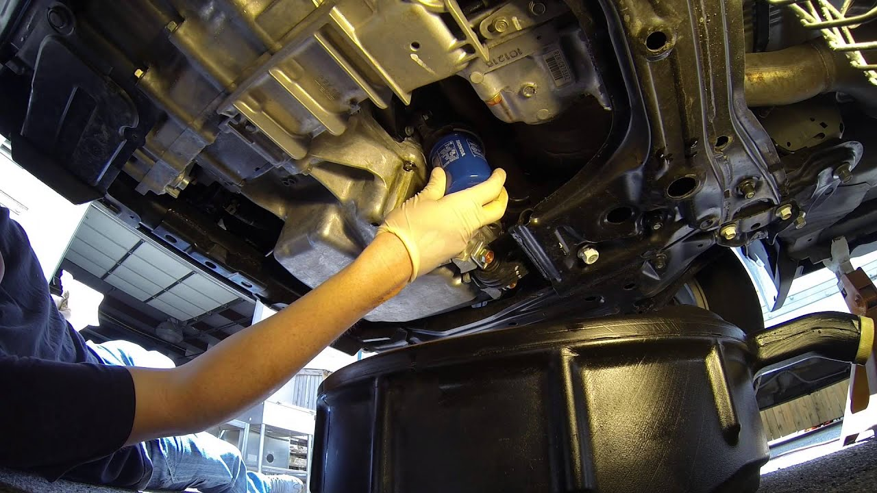 2003 Honda Odyssey Fuel Filter Location How To Change Oil On A 2007 2011 Honda Cr V Youtube