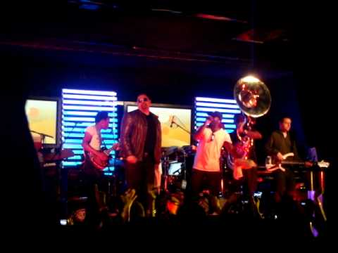 """Heavy D + The Roots - """"Overweight Lover"""" LIVE"""