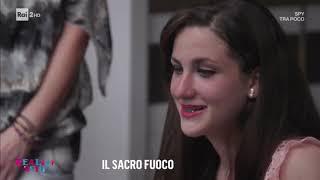 Imbecilli su RAI 2 : il grande Enrico Lucci li scova a Napoli