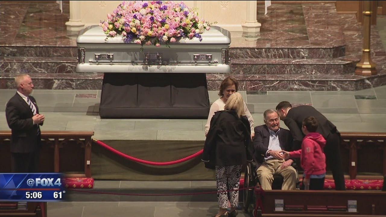 george h w bush greets mourners visiting barbara bushs