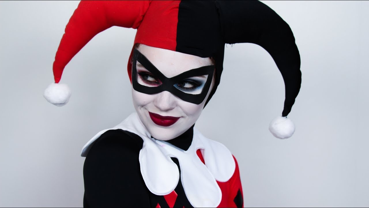 DIY EASY Harley Quinn Mask in under 30 minutes! - YouTube