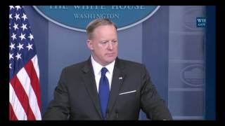 Sean Spicer Zings Mexican Journalist Who Stole Brady