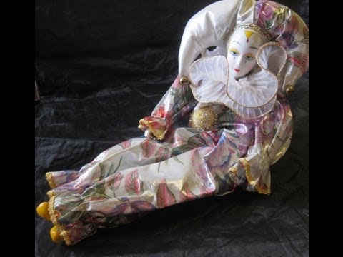 Musical Porcelain Clown Doll --Pierrot Harlequin