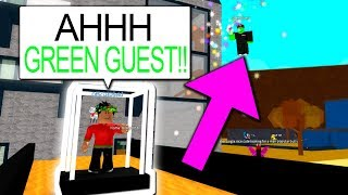 GREEN GUEST TROLLS YOUTUBERS WITH ADMIN COMMANDS!! (Roblox)