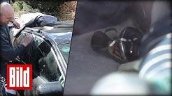Baby spielt mit Autoschlüssel - ADAC knackt das Auto