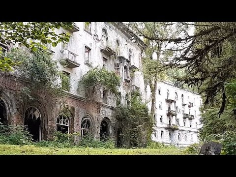 Тур выходного дня: шахтерский город-призрак Ткуарчал в Абхазии