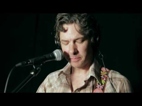 """Steve Gunn - """"Conditions Wild"""" (Live at WFUV)"""