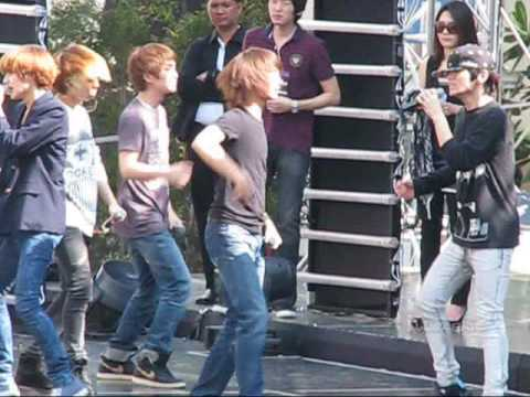 [FANCAM] 091203 SHINee - AMIGO (Rehearsal) @ Central Chidlom