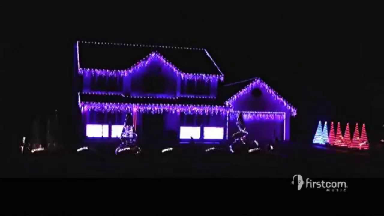Holiday Light Show | Mannheim Steamroller -