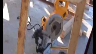 Dewalt Dw777 Compound Cross Cut Mitre Saw