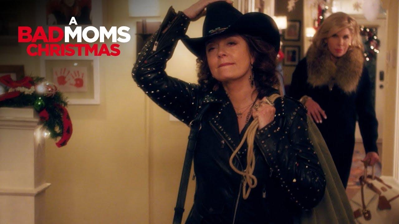 Bad Moms Christmas Susan Sarandon.A Bad Moms Christmas Grandmas Tv Commercial Own It Now On Digital Hd Blu Ray Dvd