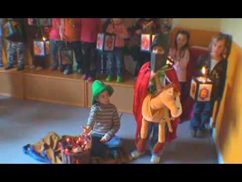 Kindergarten singt Martinslieder