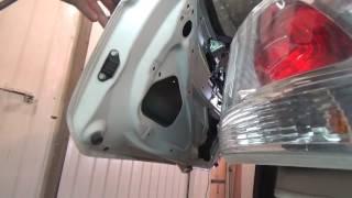 Mitsubishi Outlander III. Как разобрать крышку багажника. Всё самое сложное.