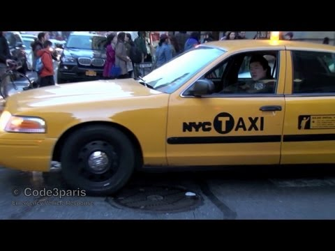 NYPD Undercover Police Taxi Responding Lights and Siren