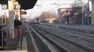 Video Transiti alle prime luci dell' Alba a Pomezia download MP3, 3GP, MP4, WEBM, AVI, FLV Januari 2018