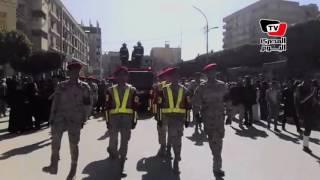 محافظ بنى سويف وقيادات عسكرية يتقدمون جنازة الشهيد مجند  «محمود محمد جودة»