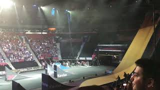 Nitro circus centre bell