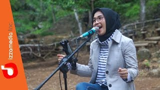 Karma - Coklat | Izzamedia Live Cover by Ziee feat. Tofan Video