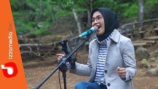 Karma - Coklat | Izzamedia Live Cover by Ziee feat. Tofan