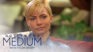 Jaime Pressly Connects With Brittany Murphy | Hollywood Medium with Tyler Henry | E!