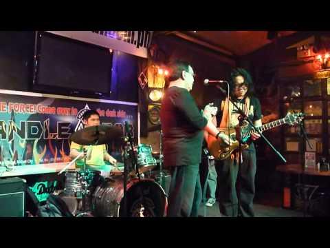 Joniver Trio & Henry Strzalkowski - Red House