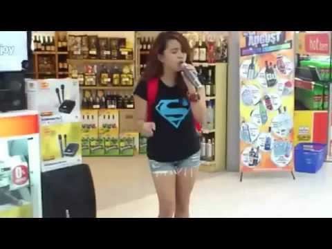 Random Girl Sings I Will Always Love You in Grocery Store